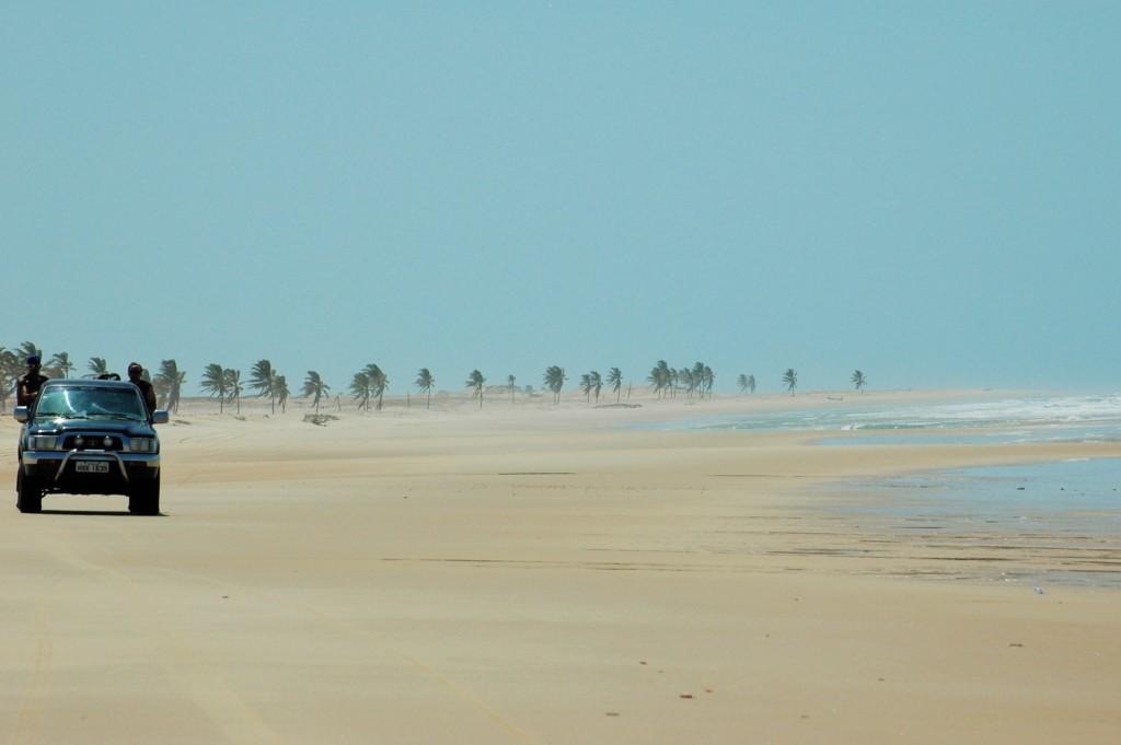 Hilux sur la plage